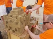 zandsculptuur_zandsculpturen_teambuilding_strand